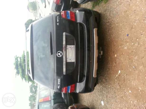 Reg 2006 Mercedes-Benz ML350 Ikeja - image 2