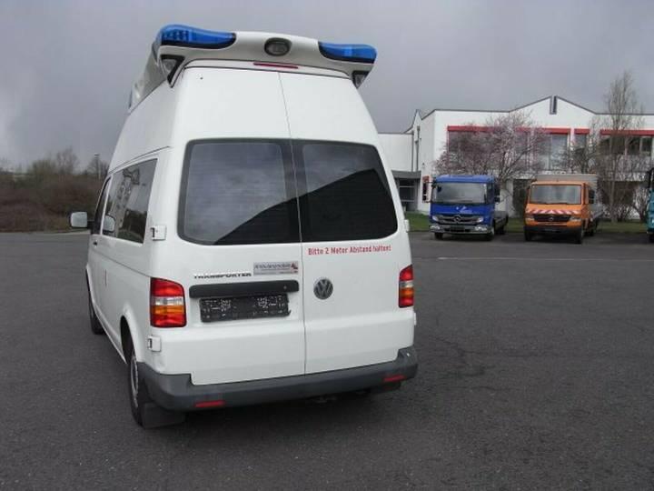 Volkswagen T5 Krankentransportwagen Kombi-Hochdach 2x vorh. - 2008 - image 6