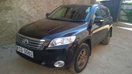 Toyota vanguard in perfect condition! lady owned.