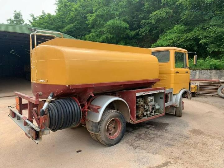Mercedes-Benz LP 809 **BJ1979 *51.000KM** Tankwagen - 1979 - image 3