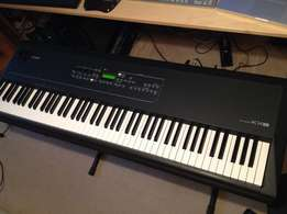 UK used Yamaha KX-8 Piano