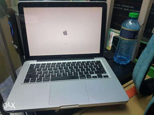 Macbook Pro Core i5 Nairobi CBD - image 1