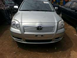 Extremely and super clean toks TOYOTA AVENSIS 2006
