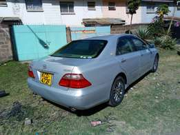 Toyota crown royal saloon very clean neat excellent condition