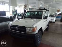 Toyota Land cruiser 2010 model
