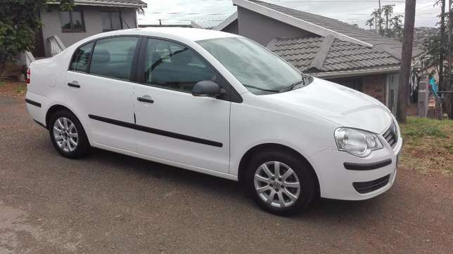 VW POLO For Sale, A must be seen Newlands Heights - image 2