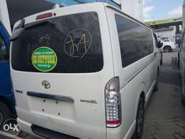 Toyota hiace automatic diesel 2010 model