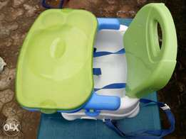 Baby feeding strap chair