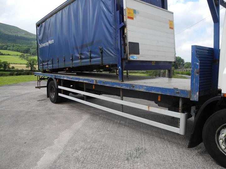 DAF 65 220 platte vrachtwagen - image 6