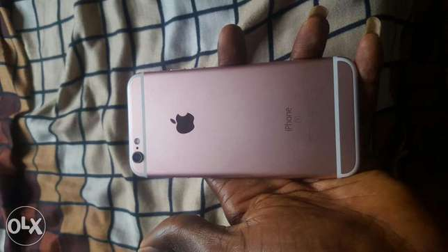 ROSE Gold iPhone 6S 64gb very neat Onitsha South - image 3