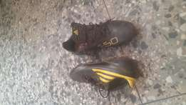 Uk used football boots seize 40