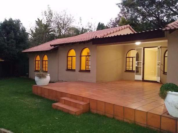 Sharonlea 3 Bedroom House Available for Rent Sharonlea - image 2
