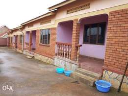 5units 4units 2bedrooms paying 400k each and 1unit single room paying