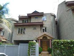 Beautiful 4 bedroom town house to let - Lavington