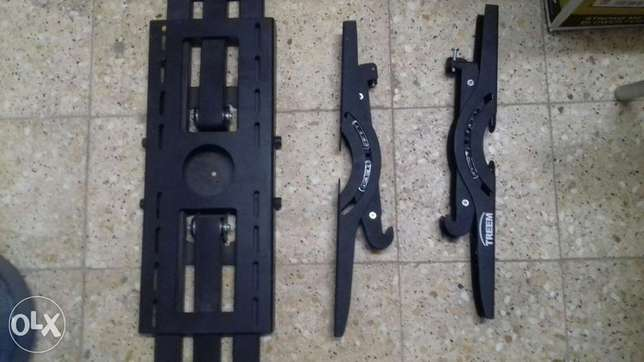 Tv wall mount stands 2 nos good condition interested cal pick ext 4 RI