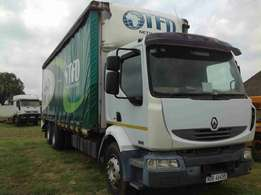 Renault midlum 207cdi curtain sides on special