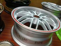 the rims size 14 Nissan mach