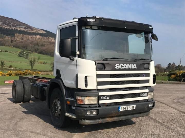 Scania 94D P230 - 2004