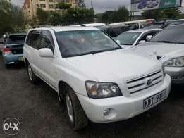 Toyota Kluger, super clean. Buy and drive