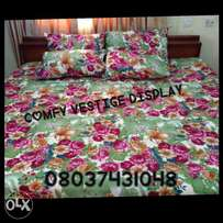 MULTI COLOUR 6x7 bedsheet with 4 pillowcases