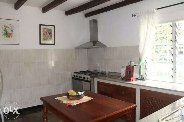 5 bedroom house to let Malindi - image 3