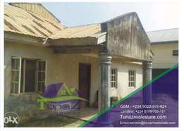 An Old 6 bedroom bungalow for Sale Location: Sangotedo Price: 25M