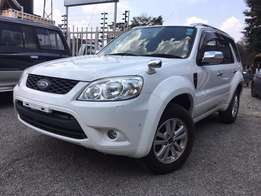Ford Escape XLT 2.3 4WD, 2010 For Sale Asking Price 1,980,000/=o.n.o