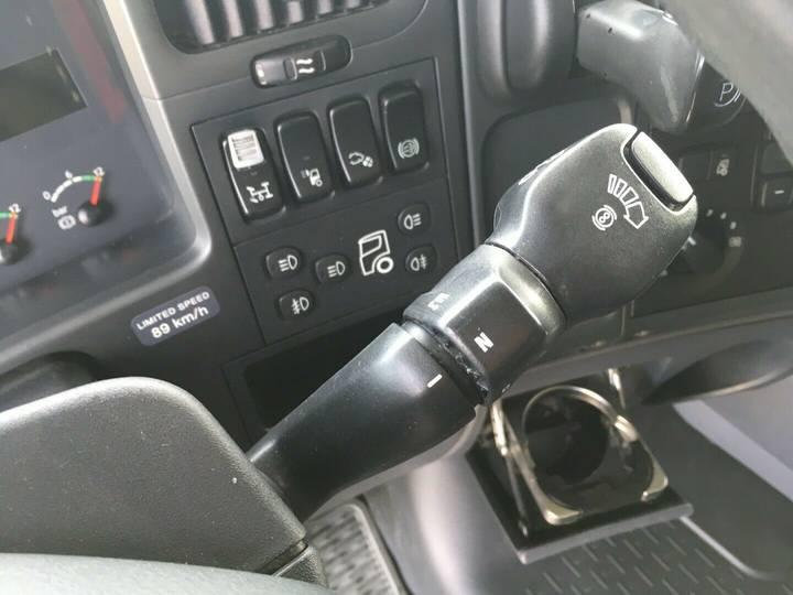 Scania R500 6x2 HMF 2000 L2 Baustoff Greiferleitung V8 - 2007 - image 14