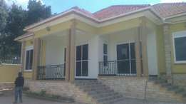 Well planned 4 bedroom house in kira at 370m