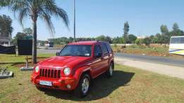 Jeep Cherokee LTD 3.7 AT