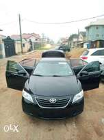 Clean Toyota Camry for sale 2009