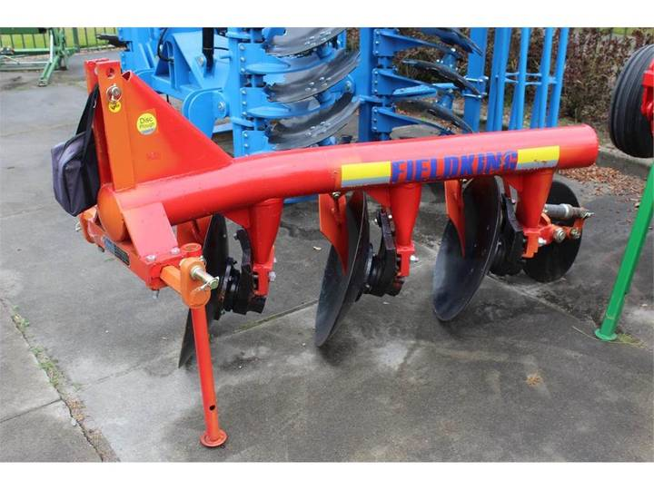 Fieldking  plough  3 row - 2019