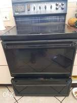 Defy four two five electric glass top sove and oven