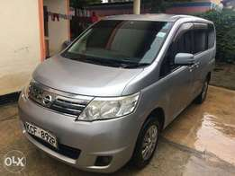 Clean Nissan Serena 7 seaters for sale