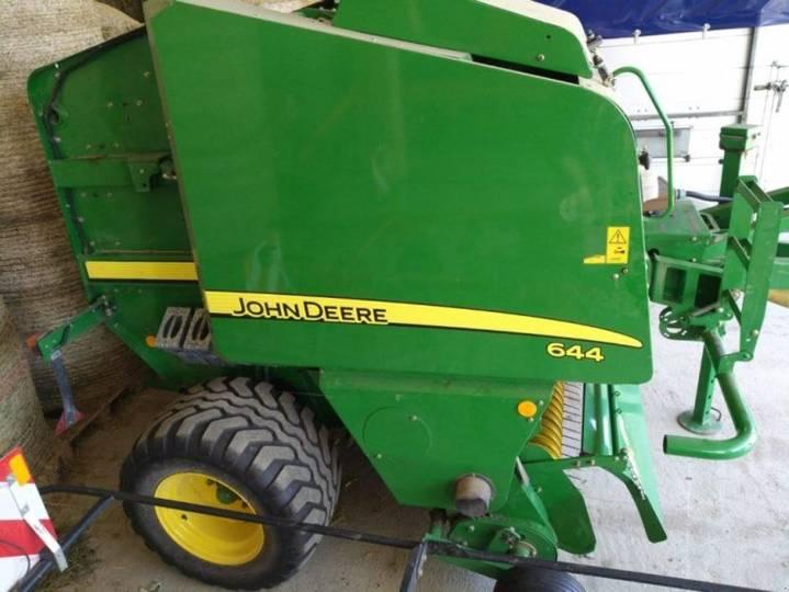 John Deere 644 - 2011
