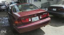 Nigerian used toyota camry first body very clean just like toks