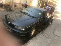 Golden Saloon Car to Grab