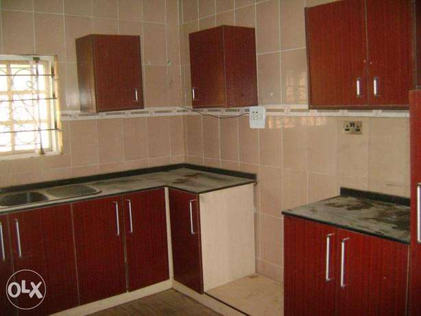 clean 4bed duplex for rent at cheap price wit bq Lokogoma - image 4