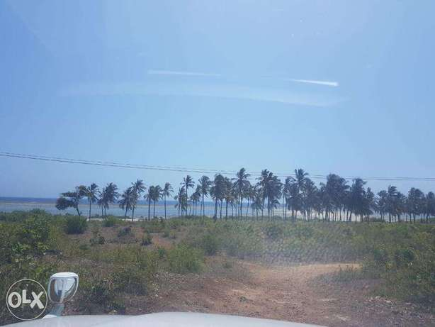 Kikambala-2.5acres,second row from the beach Mombasa Island - image 3