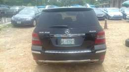 buy a clean mercedes benz GLK 350