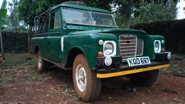Powerful Land Rover 109