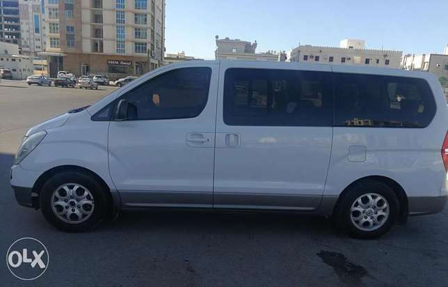 Hyundai H1 gcc for family car or business car
