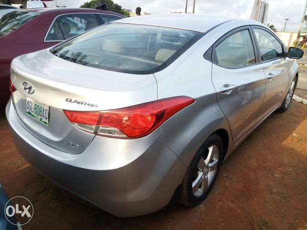 Fairly Used 2013 Hyundai Elantra For N2.5M Amuwo Odofin - image 1
