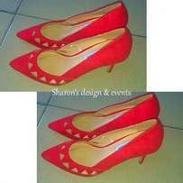 red cover shoe
