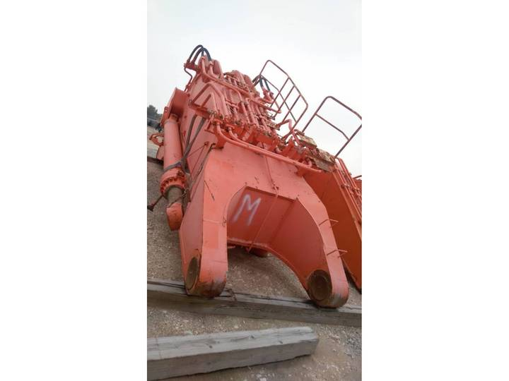 Hitachi EX 2500-6 boom-arm-bucket-ripper - 2012