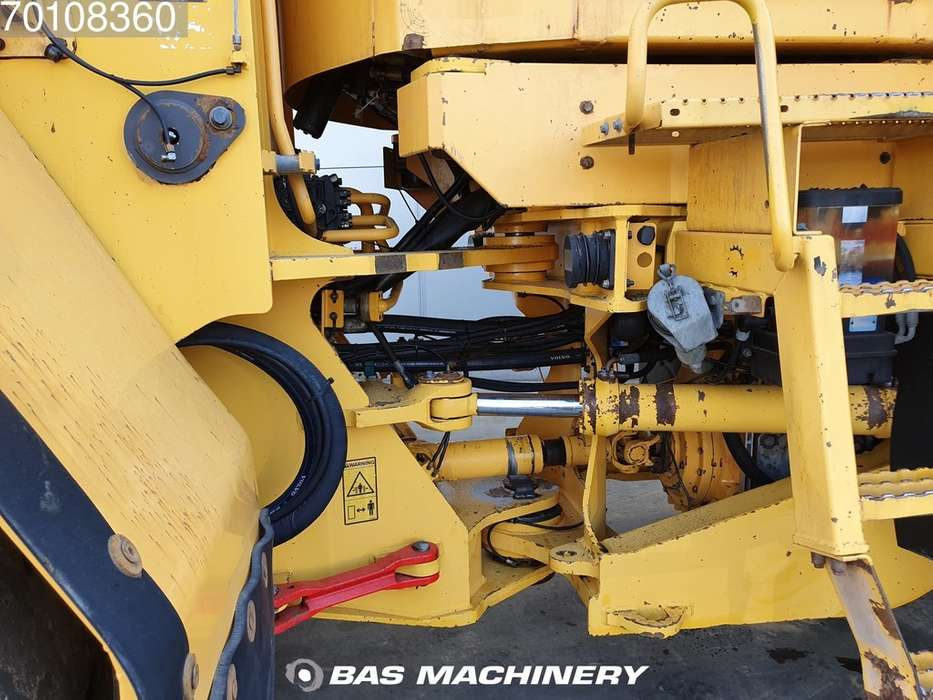 Volvo L220E Quick coupler - CDC - from first owner - 2004 - image 11