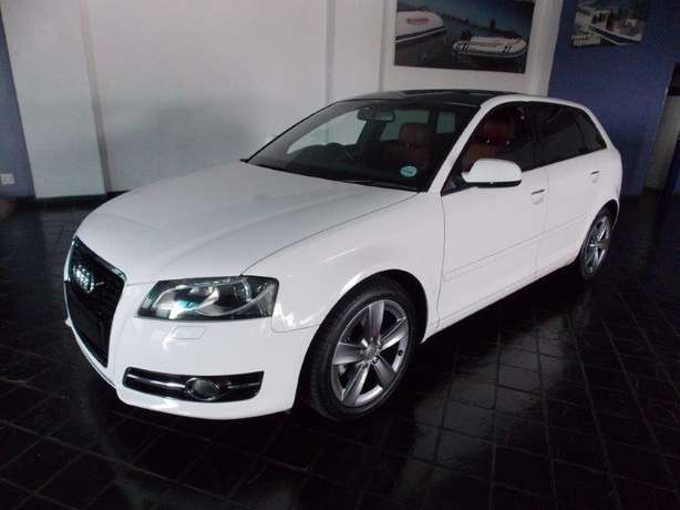2012 Audi A3 Sportback 1,8 TFSI AMB Stronic for R 199,990.00 Rosettenville - image 1