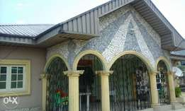 Clean Bungalow For sale  at Niger cat