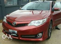 14/15 Toyota Camry clean