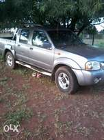 nissan 4*4 double cab, for sale